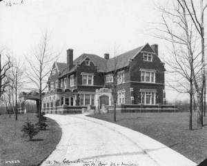 Alfred M. Glossbrenner House, 1912. (Image by courtesy of the Bass Photo Collection, Indiana Historical Society)
