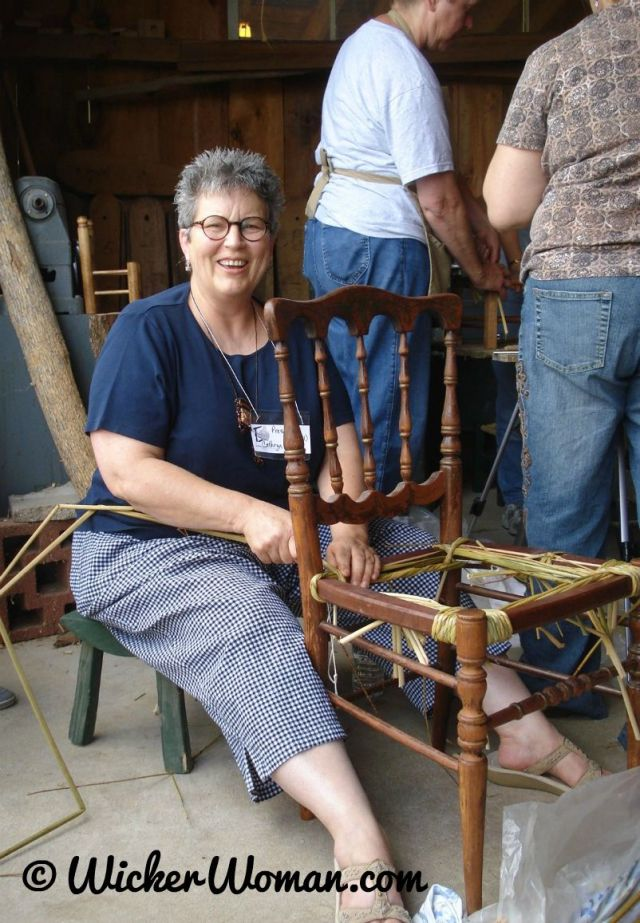 Peters-weaving-bulrush-seat-demo